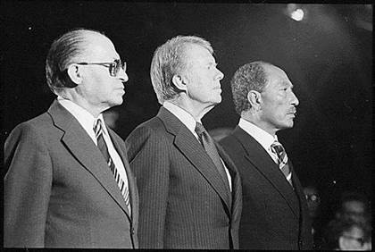 Begin_Carter_and_Sadat_at_Camp_David_1978