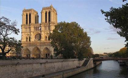 Qui est Emmanuel Macron ? - Page 25 800px-Notre-Dame_de_Paris-France