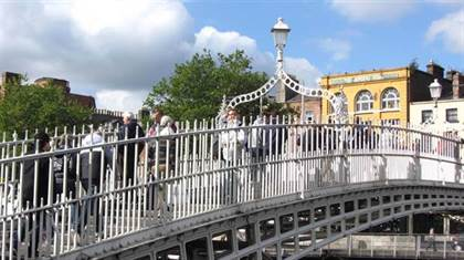 Ha'penny bridge à Dublin